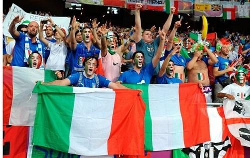 イタリア代表サポ.jpg
