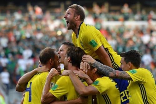 スウェーデンW杯メキシコ戦勝利.jpg