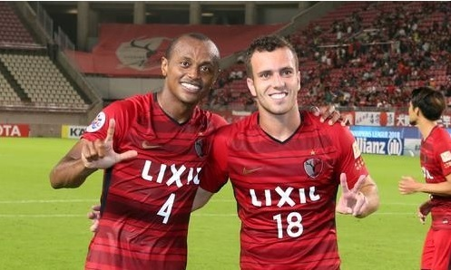 セルジーニョとレオシルバ2018ACL天津戦1leg試合後.jpg