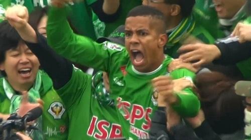 ドウグラス観客席東京V横浜FC戦.jpg