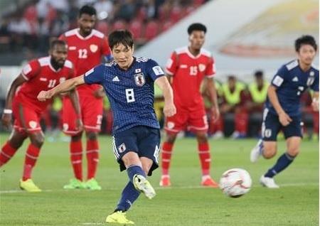 原口2019アジア杯オマーン戦PK.jpg