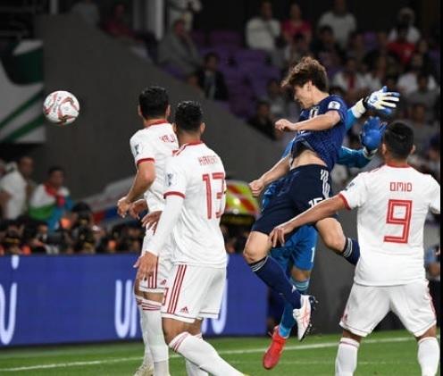 大迫2019アジア杯イラン戦ヘッド.jpg