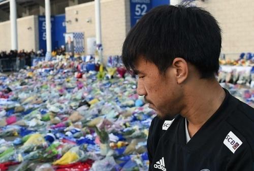 岡崎2018レスター会長追悼.jpg