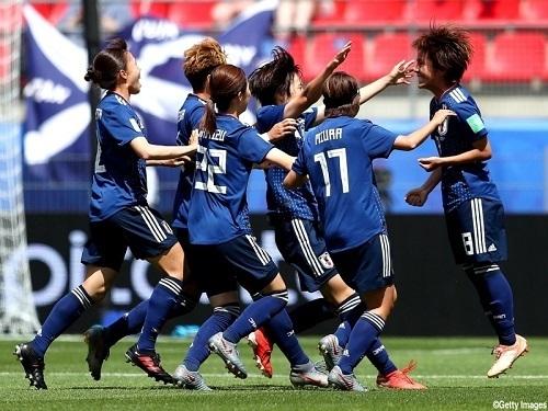 岩渕2019女子W杯第2節ゴール.jpg