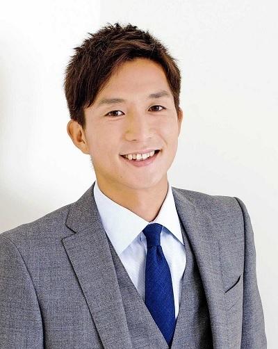 福西崇史スーツ.jpg