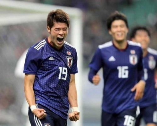 酒井宏樹2018ベネズエラ戦代表初ゴール.jpg