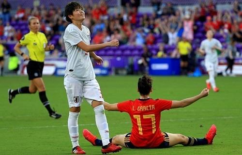 なでしこ2020SB杯スペイン戦.jpg