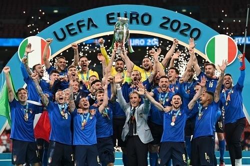 イタリア代表EURO2020優勝.jpg