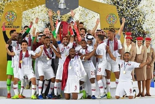 カタール代表アジア杯初優勝.jpg