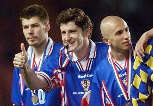 クロアチア98年W杯3位メダル.jpg