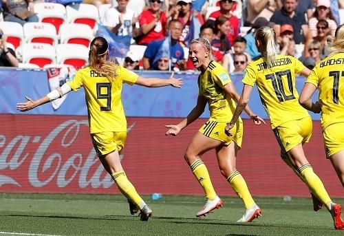 スウェーデン女子2019W杯3決ゴール.jpg