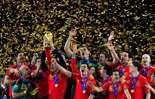 スペイン代表優勝.jpg
