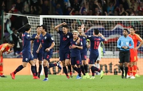 タイ代表2019チャイナ杯中国戦ゴール.jpg