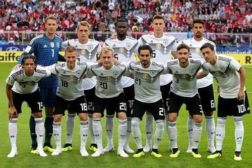 ドイツ代表2018オーストリア戦.jpg