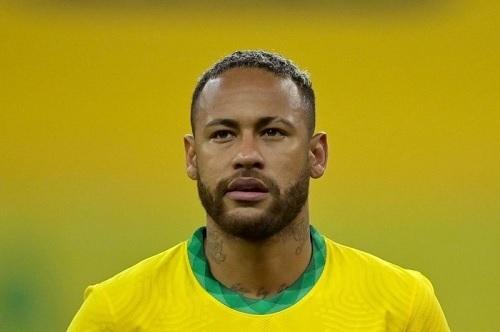ネイマール2021ブラジル代表試合前.jpg