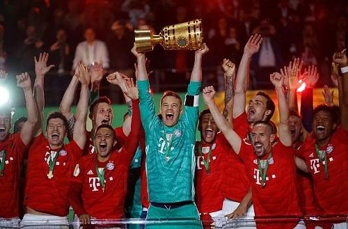 バイエルン2019ドイツ杯優勝.jpg
