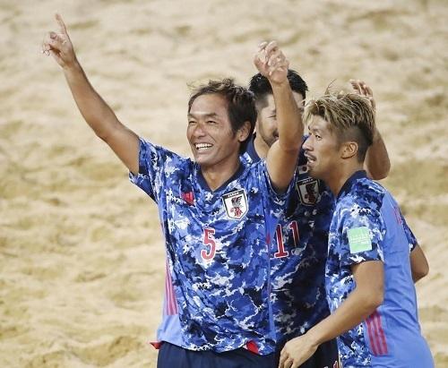 ビーチサッカー日本代表2019W杯準々決勝.jpg