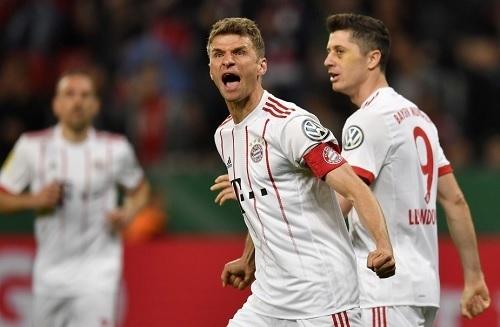 ミュラー2018ドイツ杯準決勝ハット.jpg