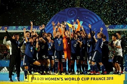 ヤングなでしこU20W杯優勝.jpg
