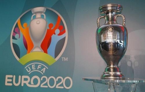 ユーロ2020カップ.jpg