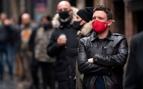 リバプールファンマスク.jpg