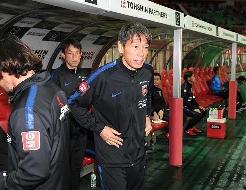 上野優作コーチ浦和.jpg