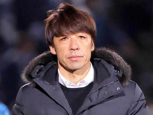 下平監督横浜FC.jpg
