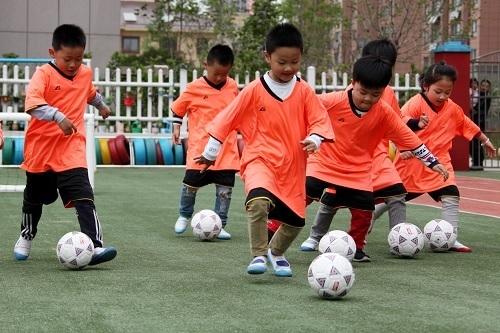 中国子供サッカー.jpg