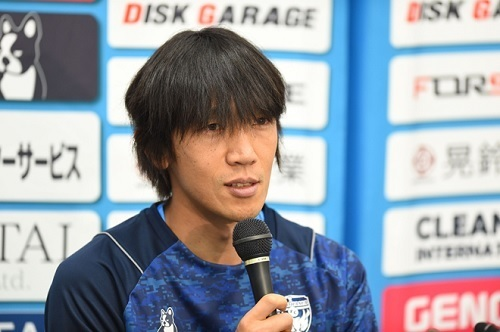 中村俊輔横浜FC入団会見.jpg