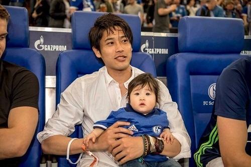 内田と子供05.jpg