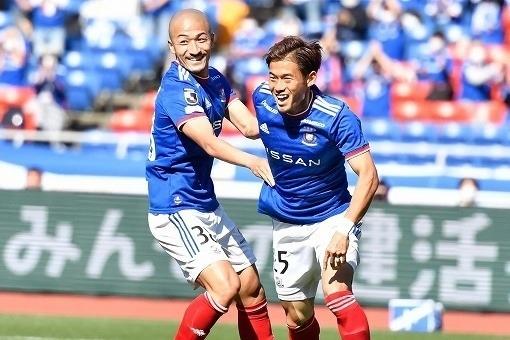 前田と小池2021第4節ゴール.jpg