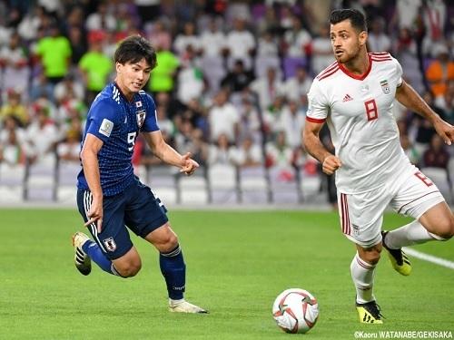 南野2019アジア杯イラン戦ドリブル.jpg