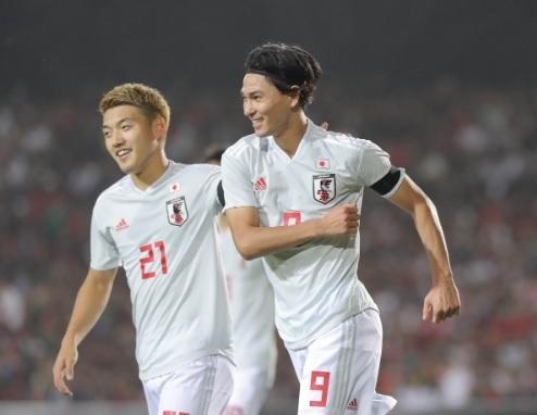南野2019タジキスタン戦ゴール.jpg