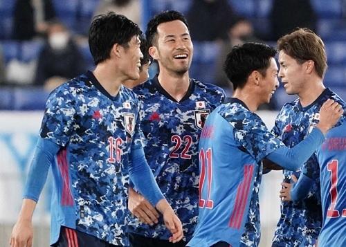 吉田2021韓国戦笑顔.jpg