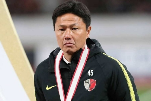 大岩監督鹿島2018ACL優勝.jpg