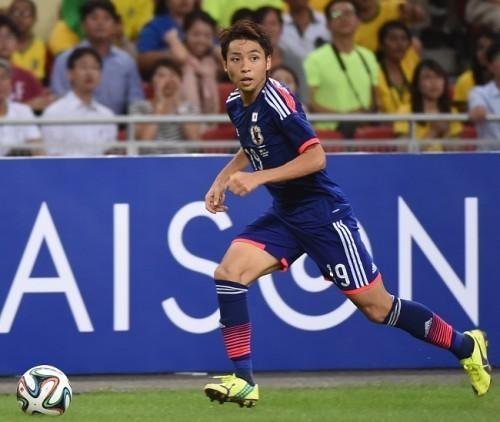小林悠2015代表ドリブル.jpg