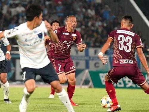 小野伸二FC琉球デビュー.jpg