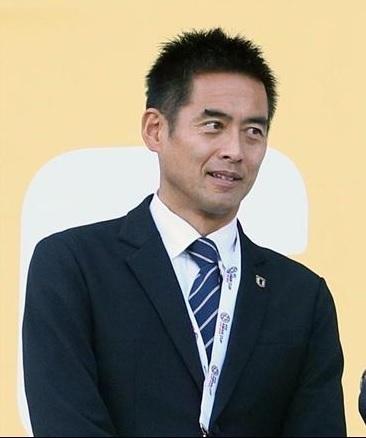 川口能活Jリーグ視察.jpg