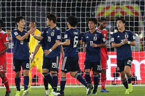 日本アジア杯オマーン戦原口PK.jpg