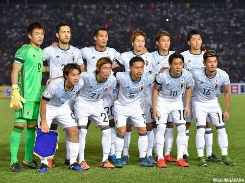 日本代表2015アウェーユニ.jpg