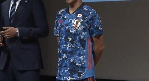 日本代表2019新ユニ03.jpg