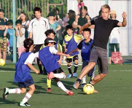 本田20130627サッカー教室.jpg