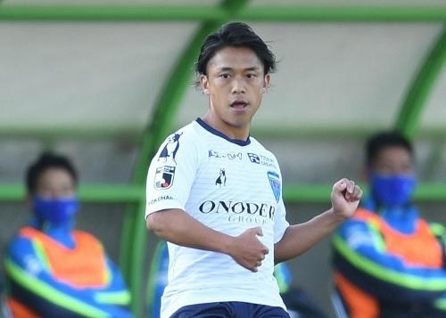 杉本竜士横浜FC.jpg