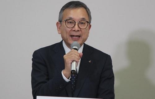 村井チェアマン会議.jpg