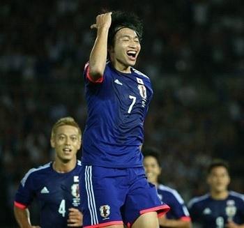 柴崎代表戦ゴール02.jpg