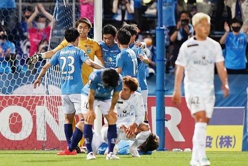 横浜FC2021第14節初勝利.jpg