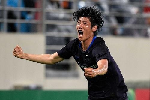 荒木広島2019ACL第4節ゴール03.jpg