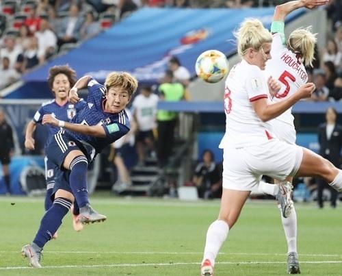 菅澤2019女子W杯イングランド戦.jpg