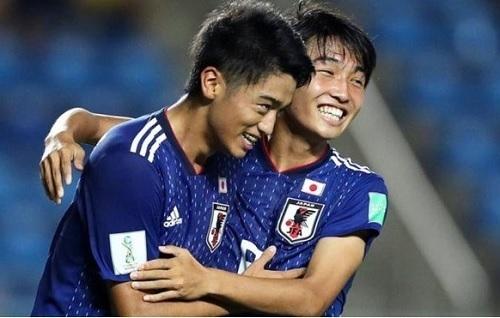 西川2019U17日本第3戦ゴール02.jpg