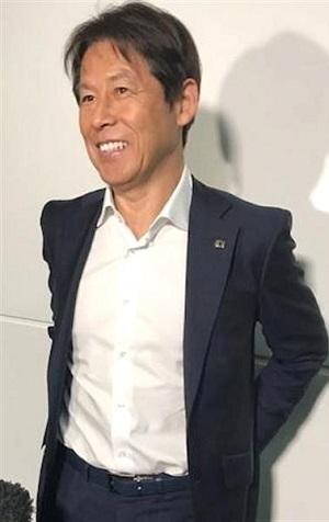 西野監督.jpg